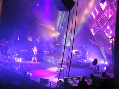 EllieGoulding_Boston_17March2014_013
